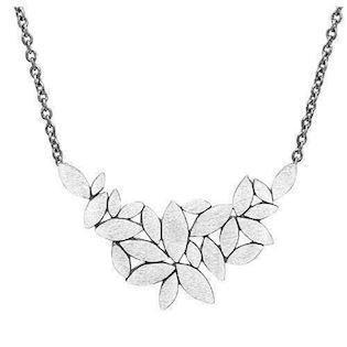 Rabinivich 50416100, Silver necklace with pendant of small silver leaves