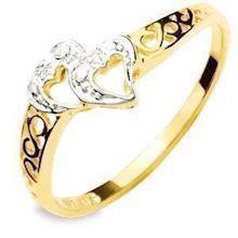 Two Love hearts 9 ct gold ring with Diamonds