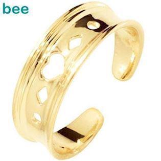 9 ct Gold Toe ring with heart pattern