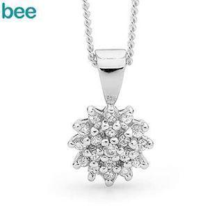 Silver pendant with 19 Cubic Zirconia